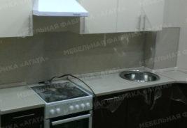 Кухни на заказ Воронеж - Светлый шкаф