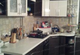 Светлый шкаф, корпусная мебель, Кухни на заказ Воронеж
