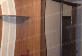 Светло - коричневый шкаф, шкафы-купе на заказ воронеж
