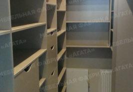 Светлый шкаф, корпусная мебель на заказ Воронеж