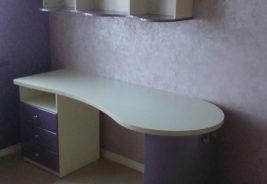 Фиолетовый стол Воронеж, корпусная мебель на заказ