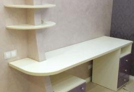 белый стол - корпусная мебель на заказ