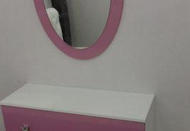 Розовое зеркало, корпусная мебель на заказ
