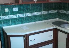 Кухни на заказ - зеленый, белый коричневый - Воронеж