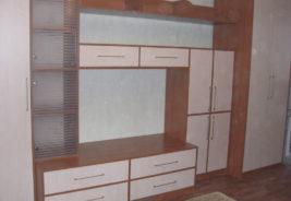 корпусная мебель на заказ розовый с коричневым