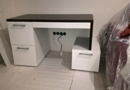 Черно - белый стол корпусная мебель на заказ
